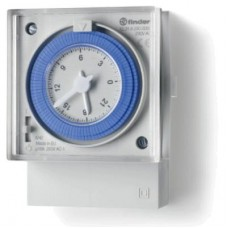 123182300000, Реле времени механическое суточное; монтаж на панель; 1СO 16A; питание 120...230В АC; резервн.источник питания; степень защиты IP20; упаковка 10 шт.
