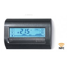 Комнатный цифровой термостат с недельным таймером; сенсорный экран; питание 3В DС; 1СО 5А; монтаж на стену; NFC; цвет белый ; упаковка 5 шт.