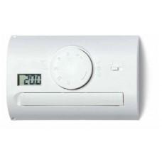 Комнатный термостат; питание 3В DС; 1СО 5А; монтаж на стену; поворотная ручка, переключатель ДЕНЬ/НОЧЬ; дисплей; цвет белый; упаковка 5 шт.