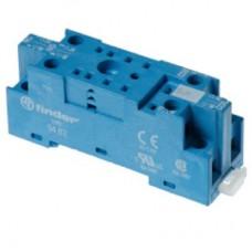 Розетка с винтовыми клеммами (под шайбу) для реле 55.32, таймера 85.02; применяются модули 99.01; в комплекте металлическая клипса 094.71; версия: синий цвет; упаковка 10 шт.