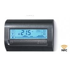 1C8190030107, Комнатный цифровой термостат с недельным таймером; сенсорный экран; питание 3В DС; 1СО 5А; монтаж на стену; NFC; цвет белый